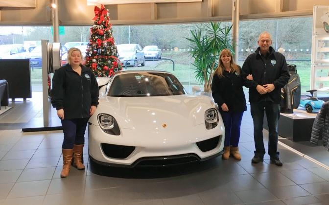 Porsche auction boosts club funds